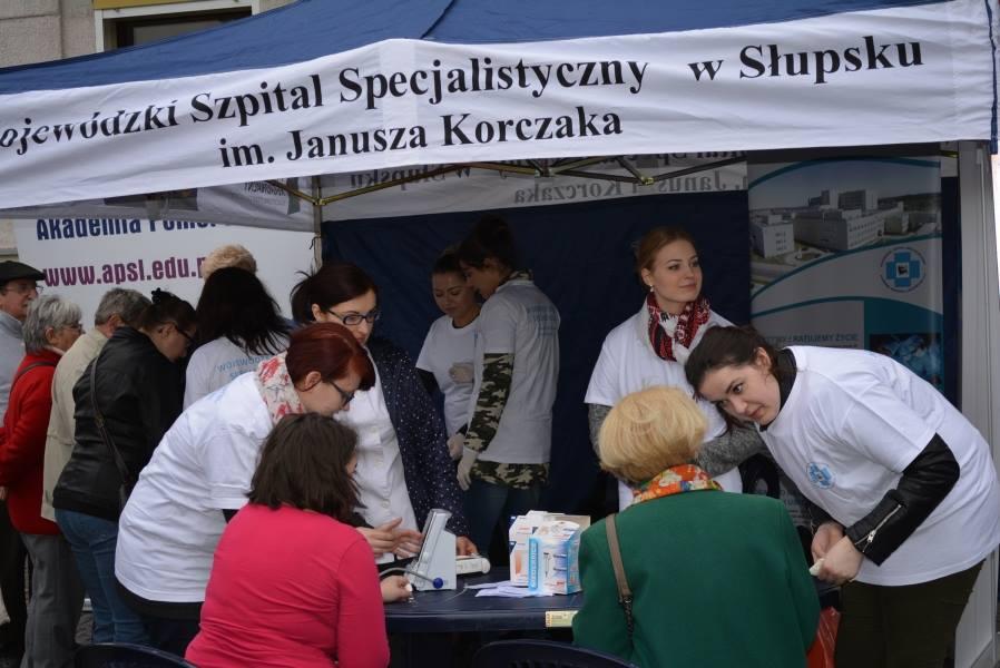 """Tłumy na badaniach w centrum Słupska. """"Takich akcji będzie więcej"""""""