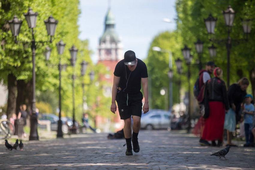 Jak ciało funkcjonuje w przestrzeni miejskiej? Mikołaj Prynkiewicz odpowie na to pytanie