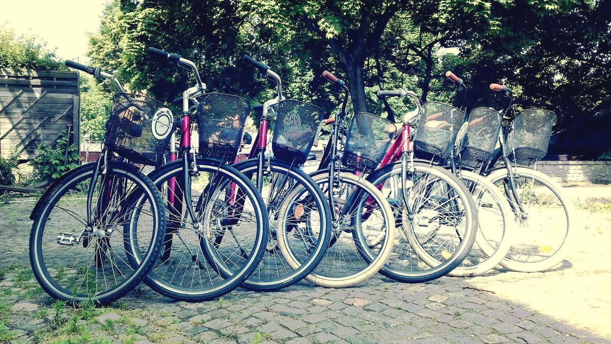 Sprawdzamy wypożyczalnie rowerowe. Nieźle wypada Hel, są też usługi na telefon