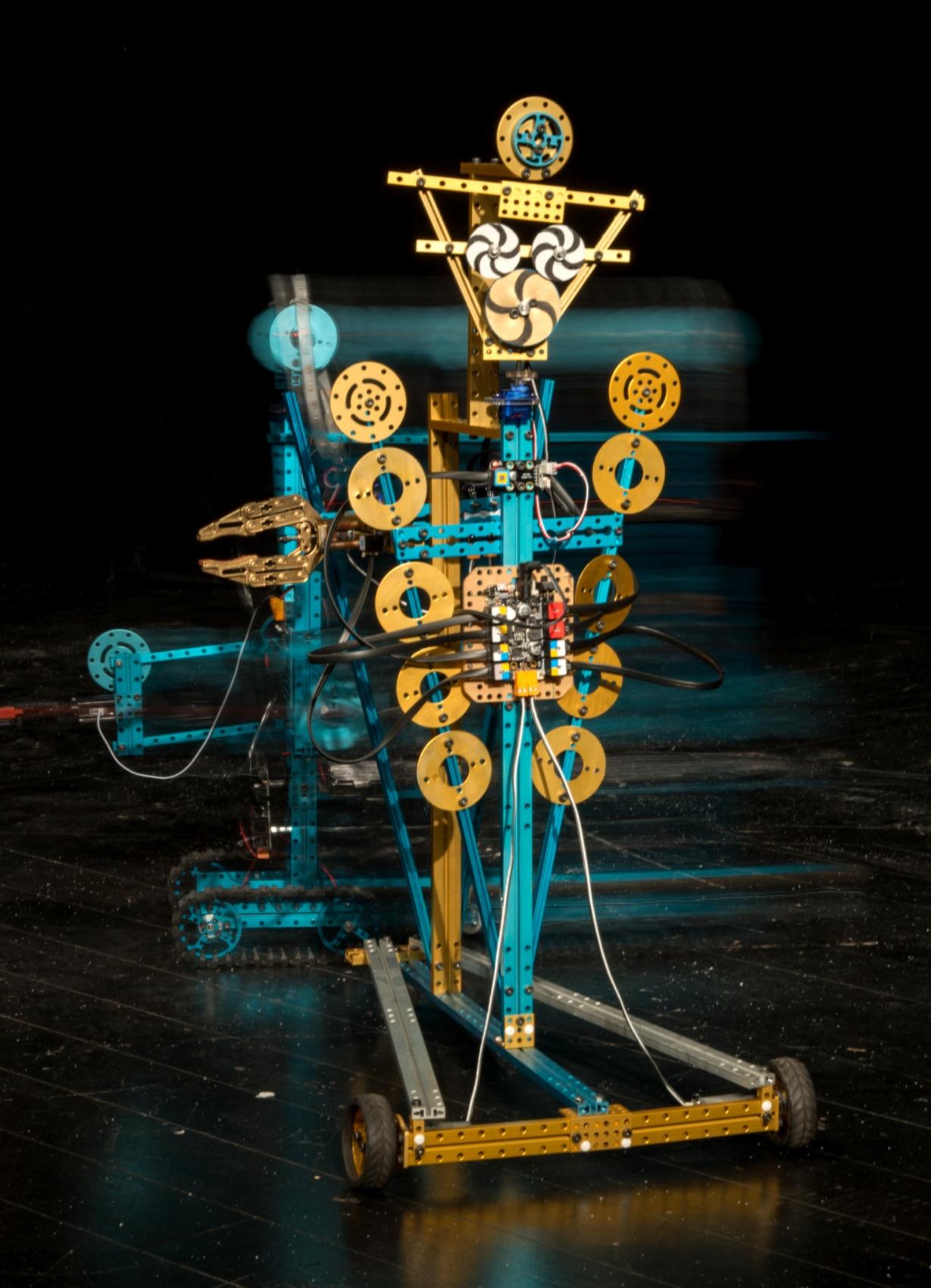 Scena z przedstawienia Bajki robotów