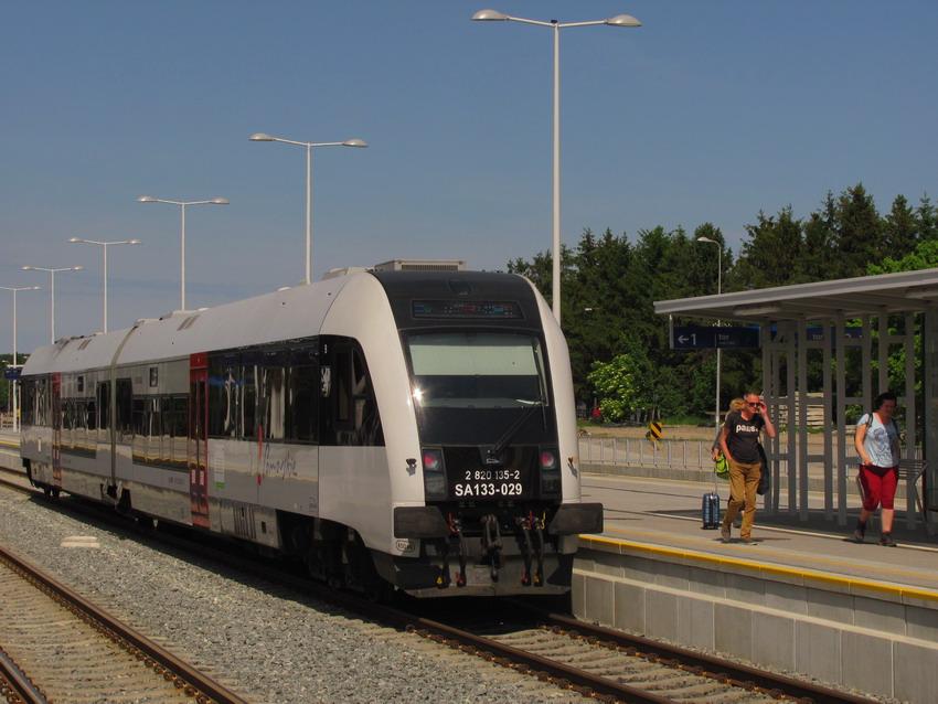 Kto zamknął linię kolejową do Kokoszek? Obalamy kłamstwa
