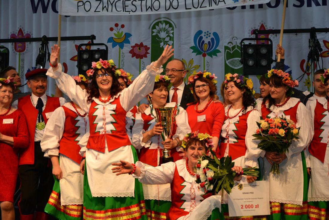 Była rywalizacja na ciasta z owocami i stroje. Turniej Kół Gospodyń Wiejskich w Luzinie