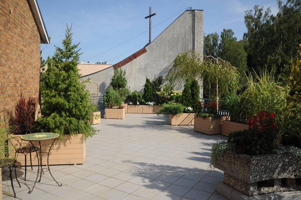 Udało się dzięki hojności darczyńców. Tajemniczy ogród dla pacjentów onkologicznych gdyńskiego szpitala otwarty