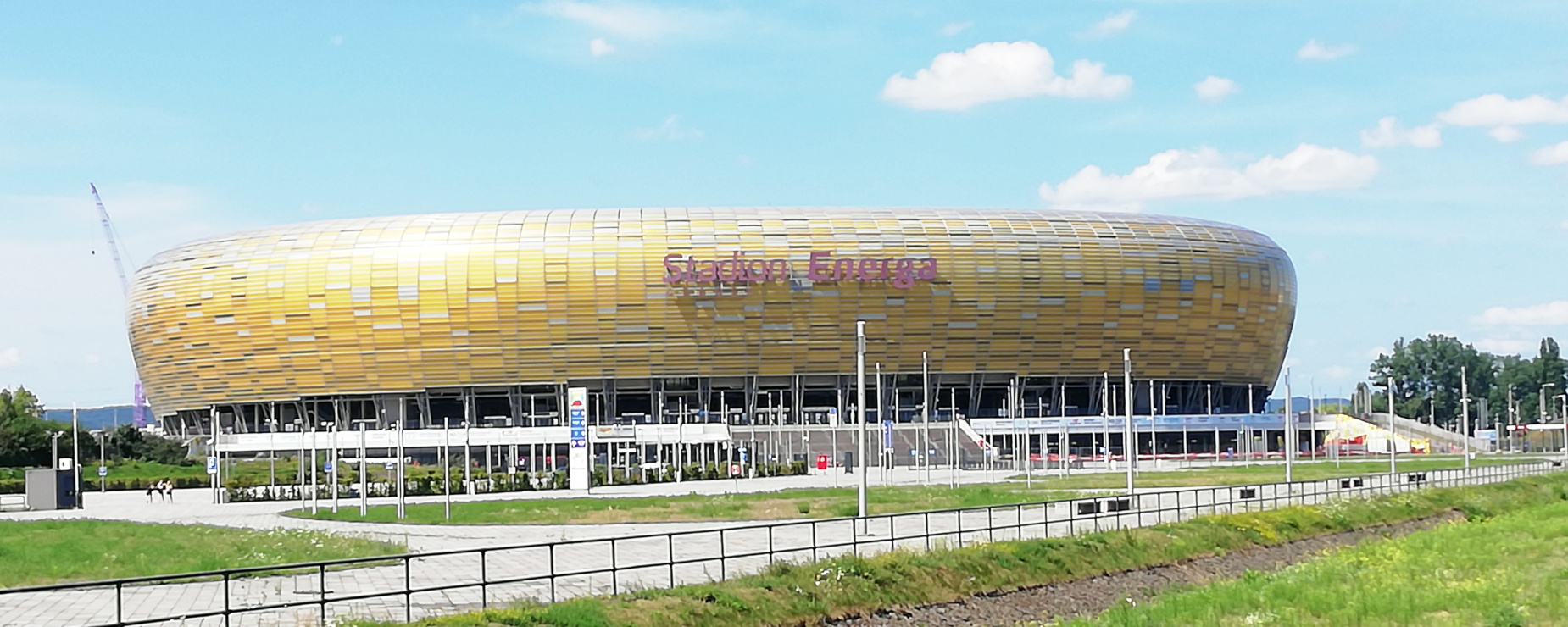 Niezwykły weekend na Stadionie Energa Gdańsk. Lokalne przysmaki, specjalnie piwo z hibiskusem, a do tego historyczny mecz piłki nożnej