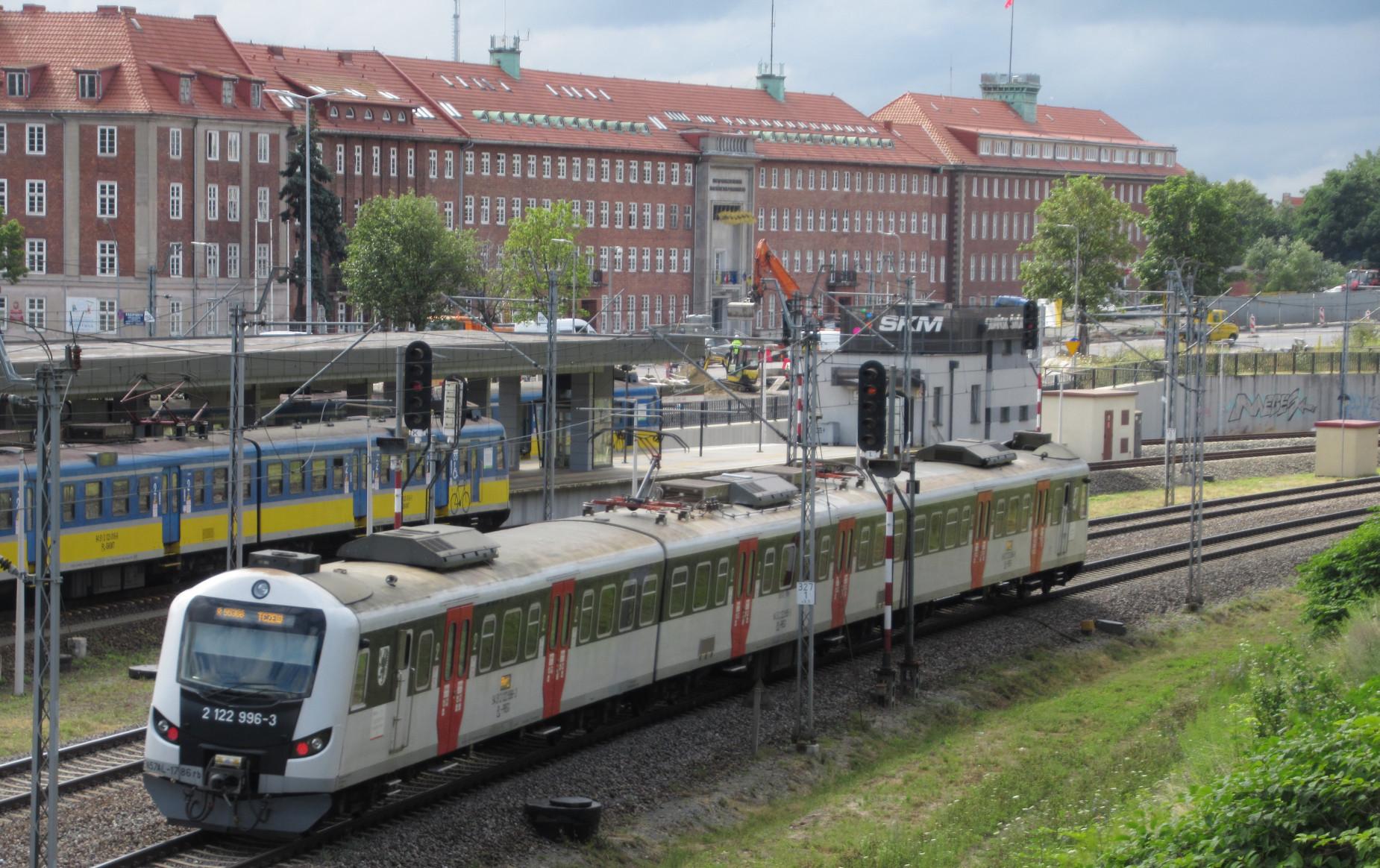 Wielkie ułatwienie dla podróżujących koleją. Od 1 lipca 2020 r. w całym regionie będzie obowiązywać Taryfa Pomorska