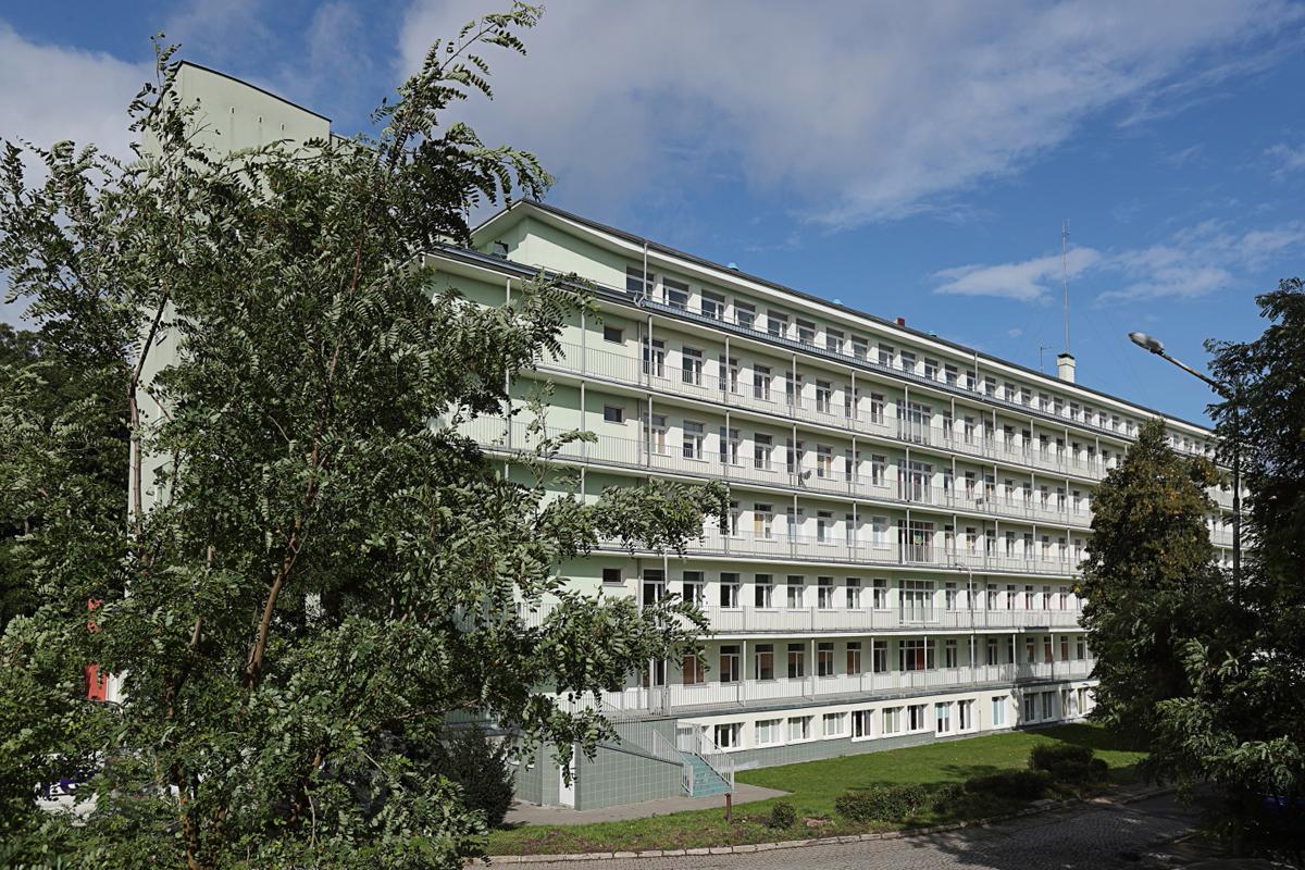 Dodatkowe miejsca dla pacjentów zarażonych koronawirusem w szpitalach marszałkowskich na Pomorzu są zabezpieczone