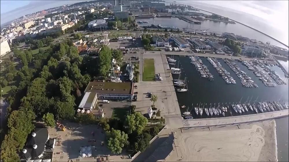 W Gdyni rozpoczyna się polonijny zlot żeglarski z okazji stulecia niepodległości