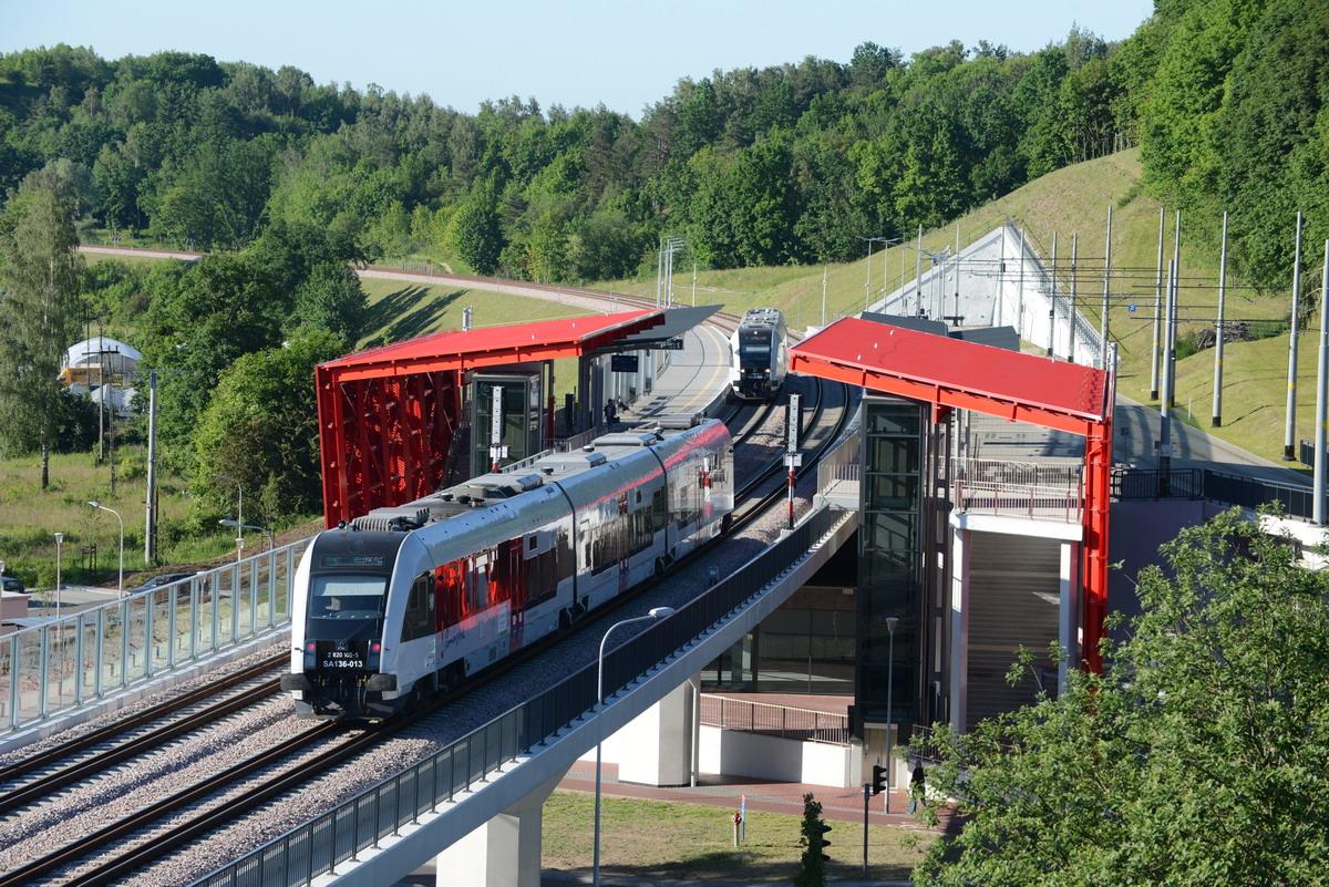 Rekordowy marzec! Ponad ćwierć miliona pasażerów na linii PKM. Sukces nowego rozkładu jazdy