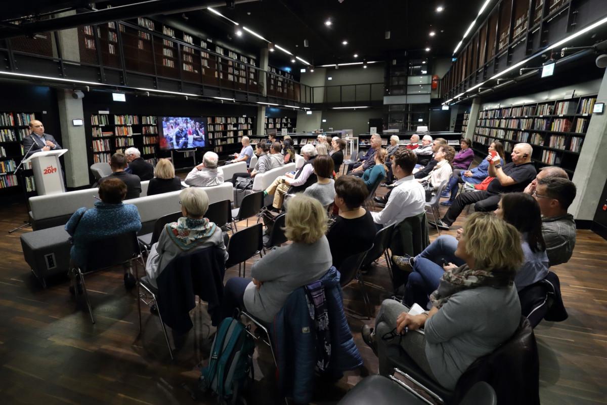 Współczesna historia widziana oczami Europejczyków. Nagroda Ambasador Nowej Europy dla brytyjskiego naukowca