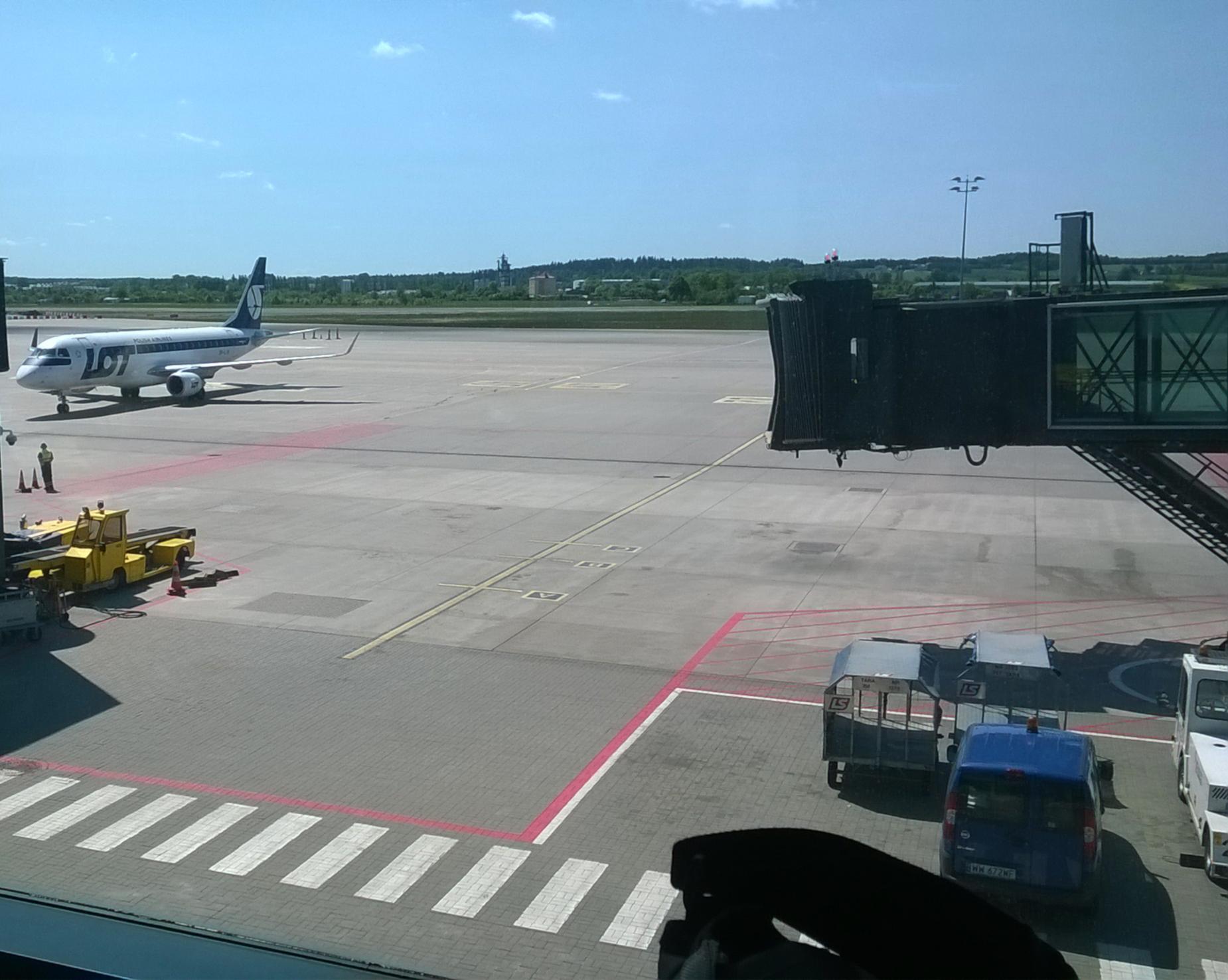 Dobra wiadomość z lotniska. 1 czerwca z Gdańska wystartują pierwsze samoloty do Warszawy i Krakowa
