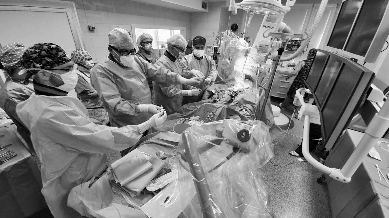 W wejherowskim szpitalu po raz pierwszy bezoperacyjnie wymieniono zastawkę. Nie trzeba było otwierać klatki piersiowej, a serce cały czas pracowało