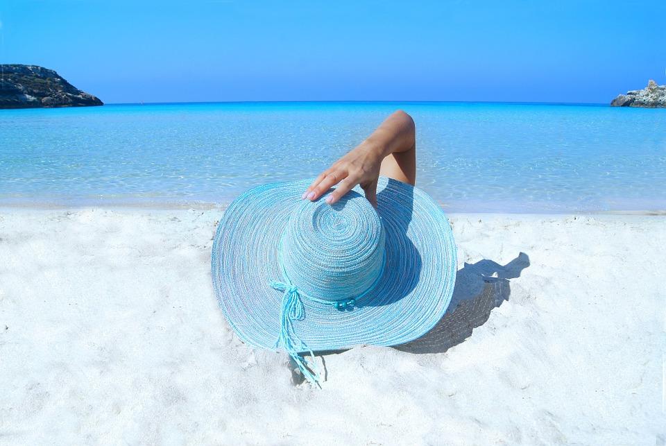 Sześć dolegliwości, na jakie należy uważać podczas urlopu [PORADNIK WAKACYJNY]