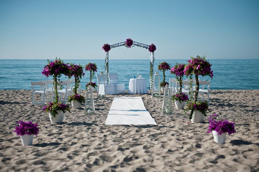 Nowa stolica ślubów na Pomorzu. Czy Łeba zostanie drugim Las Vegas?