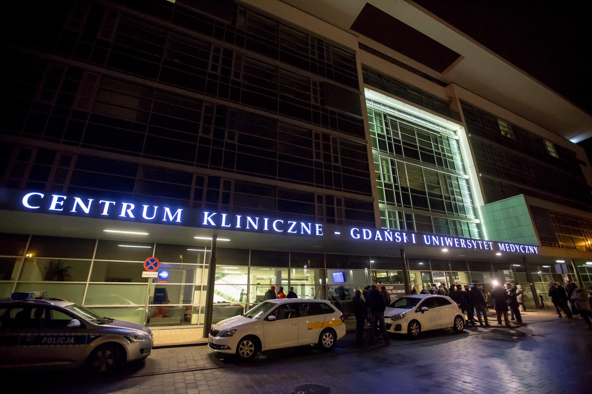 Wstrząs krwotoczny przyczyną śmierci prezydenta Gdańska. Prokuratura podała wstępne wyniki sekcji zwłok