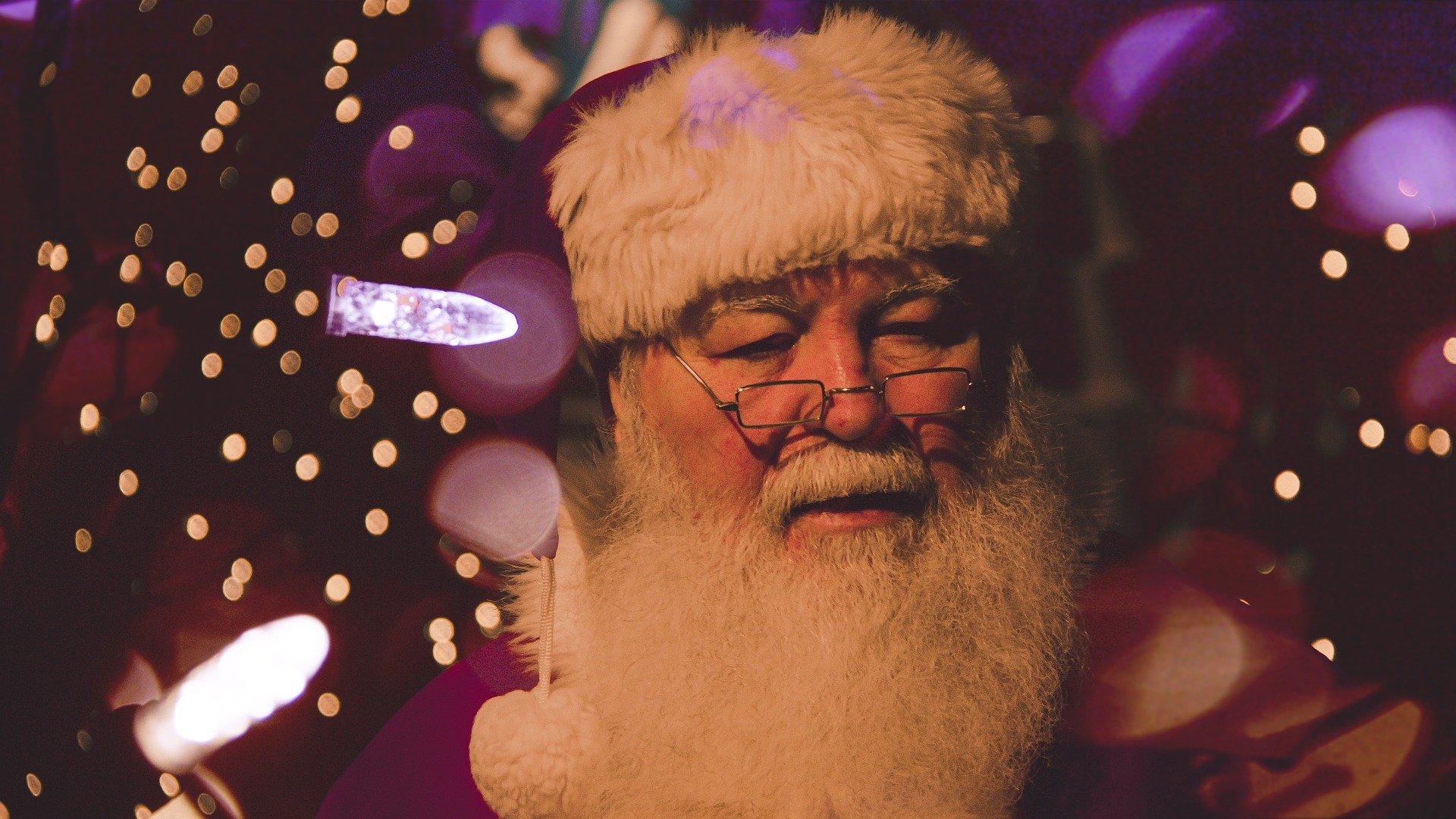 Kto dostanie prezent, a kto rózgę? Mikołajki i Święty Mikołaj