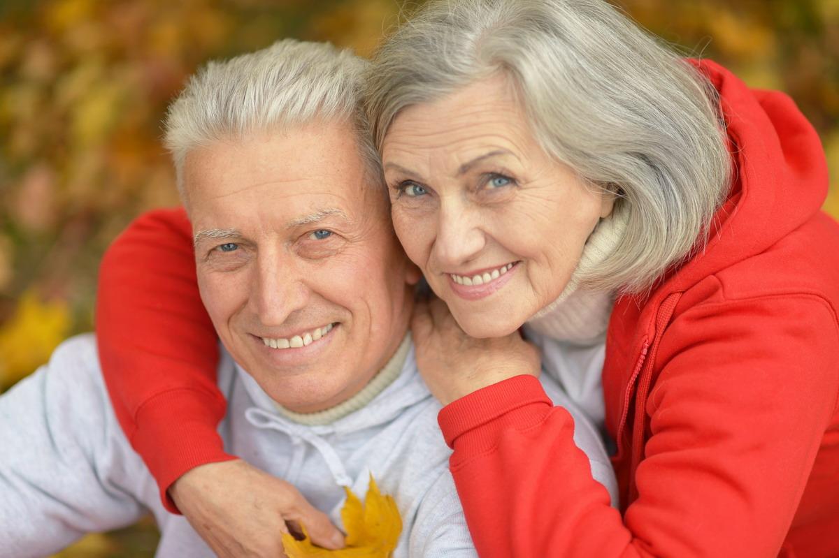 Najlepsze życzenia z okazji Międzynarodowego Dnia Osób Starszych. Powiaty gdański i kartuski są najmłodsze, Sopot najstarszy