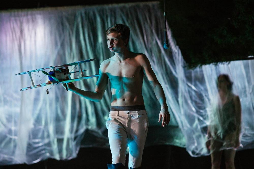 """Teatr Wybrzeże ułatwia dostęp do kultury. Przyjdź na specjalny pokaz spektaklu """"Przedwiośnie"""""""