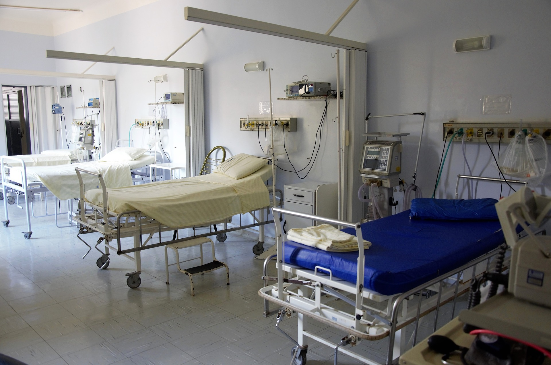 Dobra informacja dla pacjentów: szpitale na Pomorzu powoli odmrażają planowe zabiegi, rehabilitacje i poradnie [RAPORT]