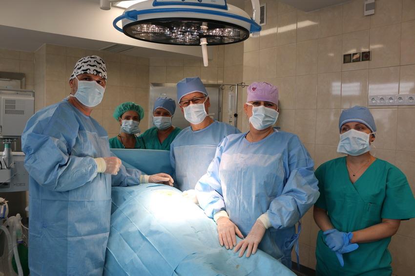 Nowa sala zabiegowo-operacyjna w Szpitalu Specjalistycznym w Kościerzynie. Pierwsi pacjenci już zoperowani