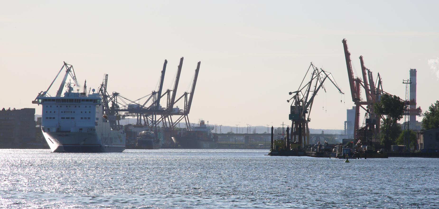 Transport między Polską a Szwecją ma być szybszy. Porozumienie Pomorza i Blekinge otwiera drogę do Bałtyckiej Autostrady