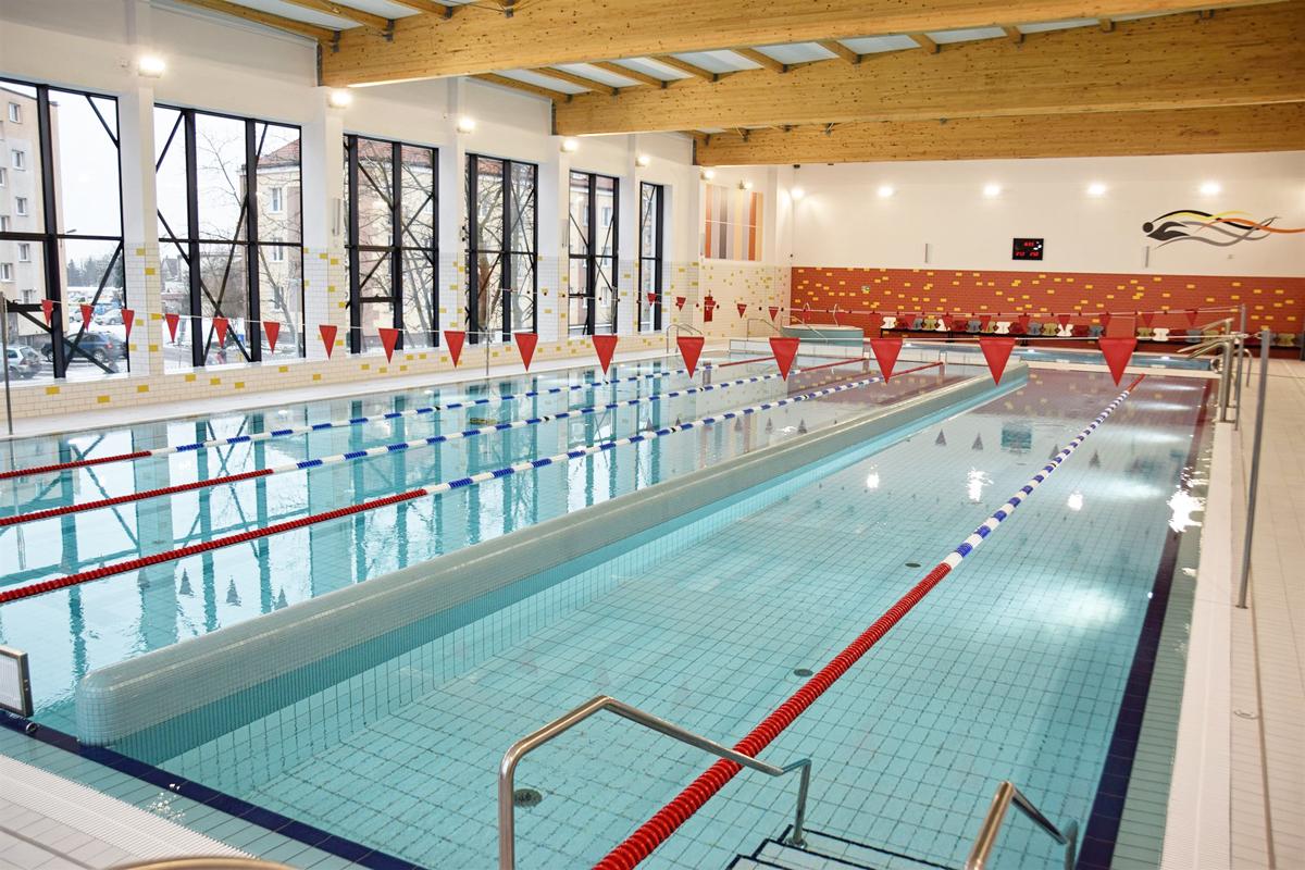 Nowa pływalnia na Stogach w Gdańsku. Jeszcze w tym roku basen powstanie także na Oruni