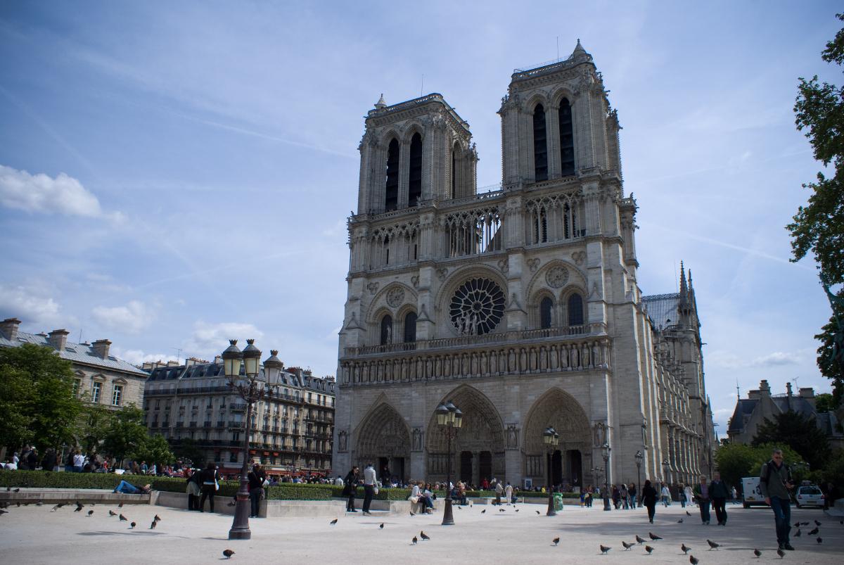 Pomorze solidaryzuje się z Paryżem. Ogromne straty po pożarze katedry Notre Dame