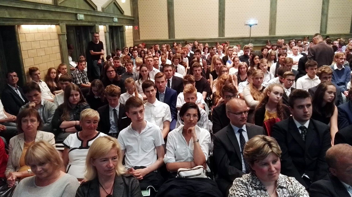 Uzdolnieni uczniowie z Pomorza mają swoje święto. Gala laureatów konkursów regionalnych w Filharmonii Bałtyckiej
