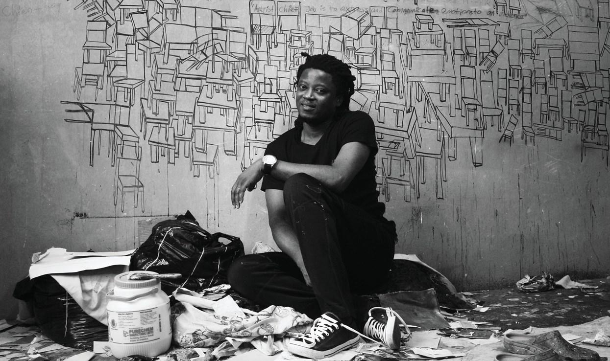 Sztuka na przekór izolacji. Wirtualne zwiedzanie wystawy prac nigeryjskiego artysty