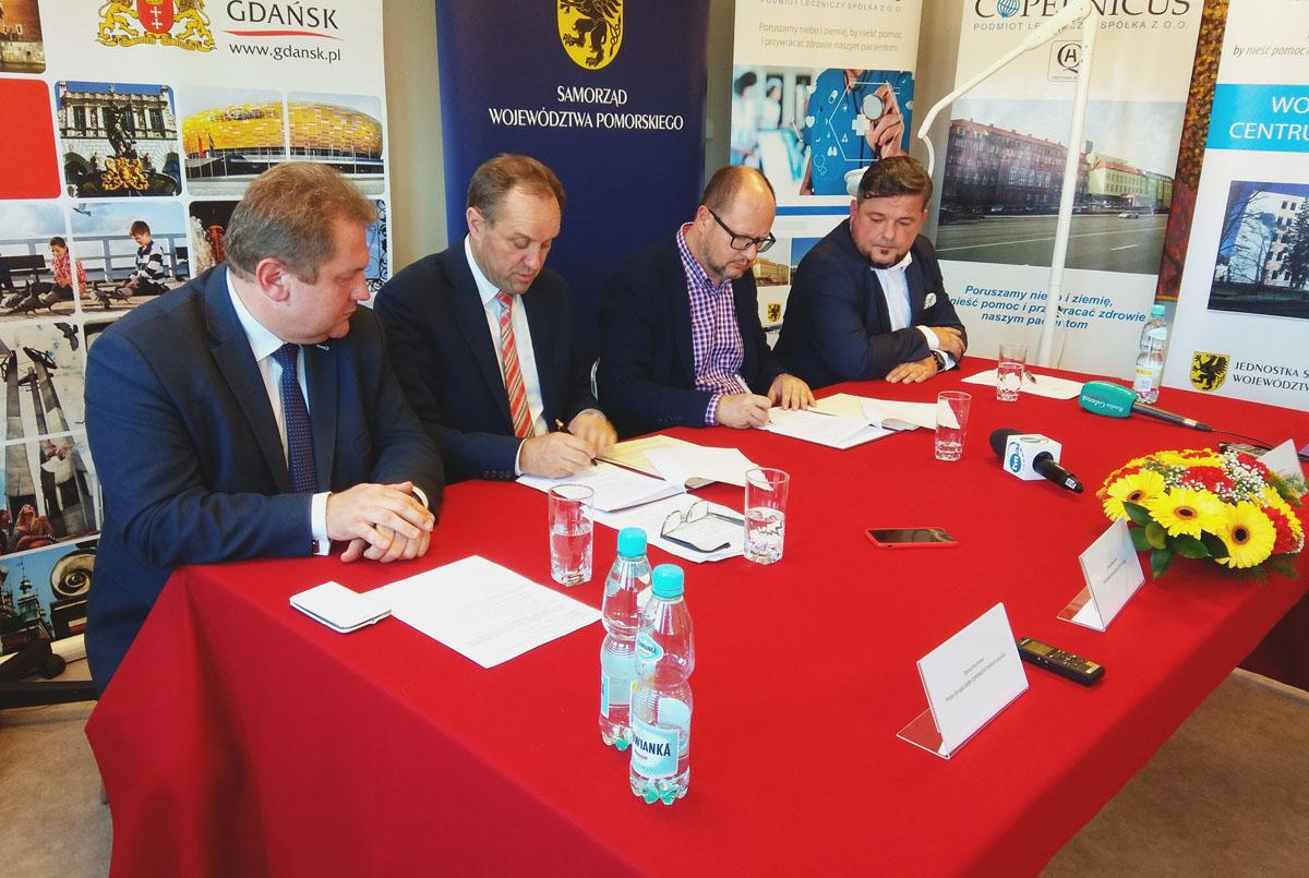 Będzie nowy sprzęt dla Copernicusa i szpitala na Srebrzysku. To efekt współpracy pomorskiego samorządu i miasta