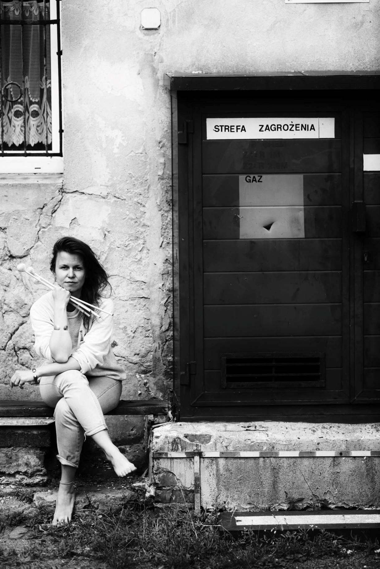 Katarzyna Kadłubowska – Minimal Blood. Tradycyjne pieśni o kobietach i krwi