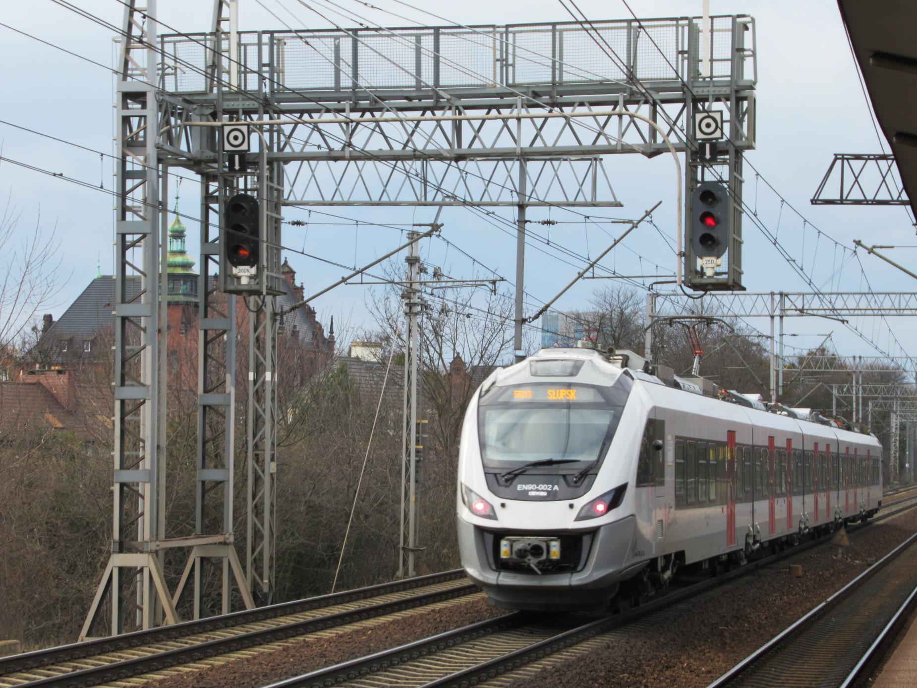 Statystyczny Pomorzanin jeździ pociągiem prawie 25 razy w roku. To najwięcej w całym kraju