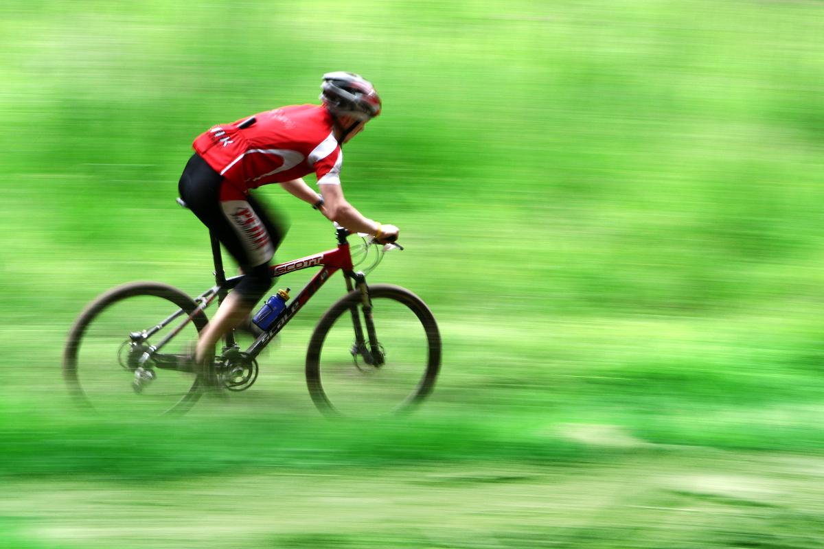 Niecodzienny sprawdzian dla wszystkich lubiących sportowe wyzwania. Rowerowa 24-godzinna sztafeta