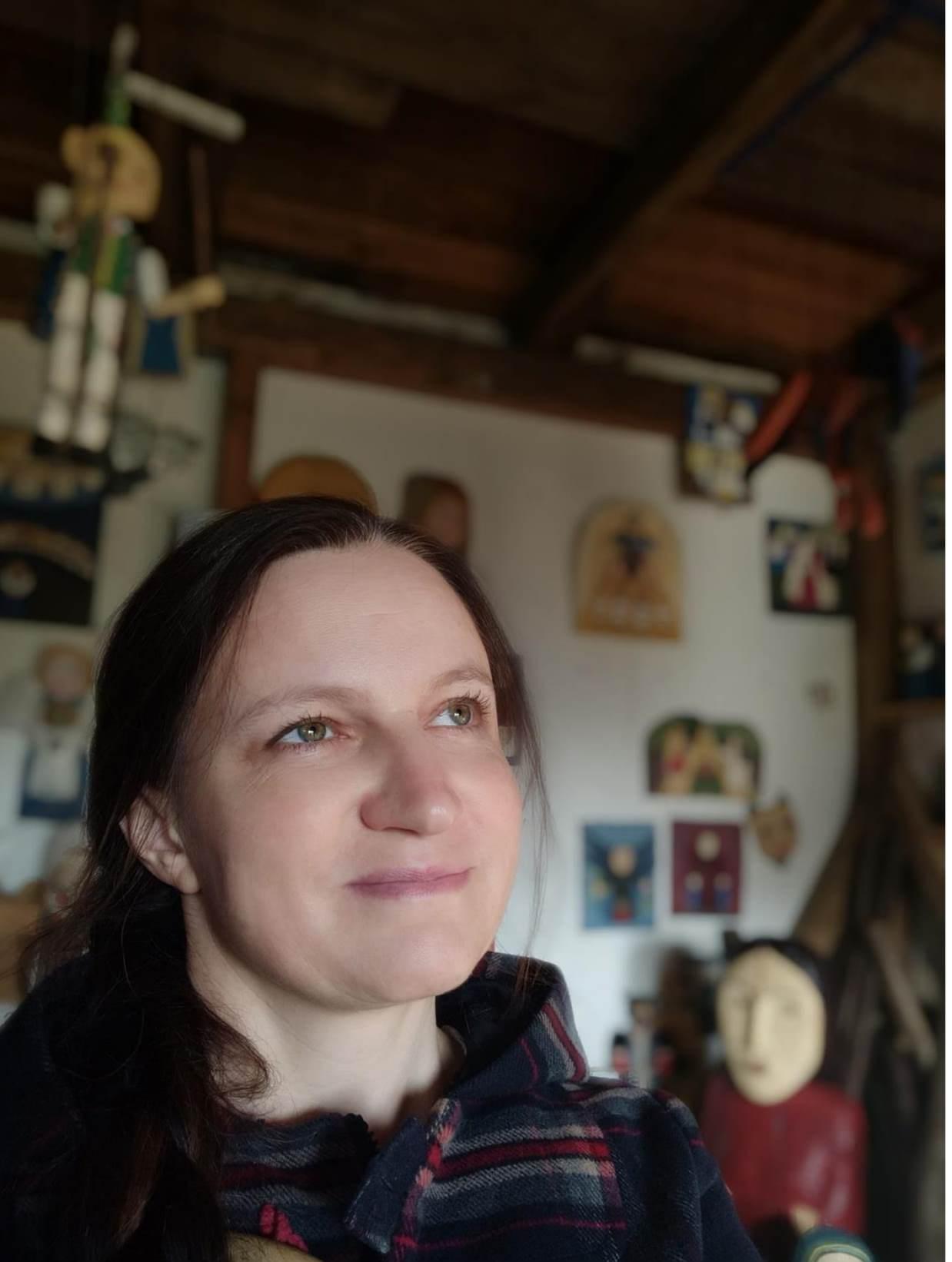 Irena Brzeska – Kania drewniany ptak