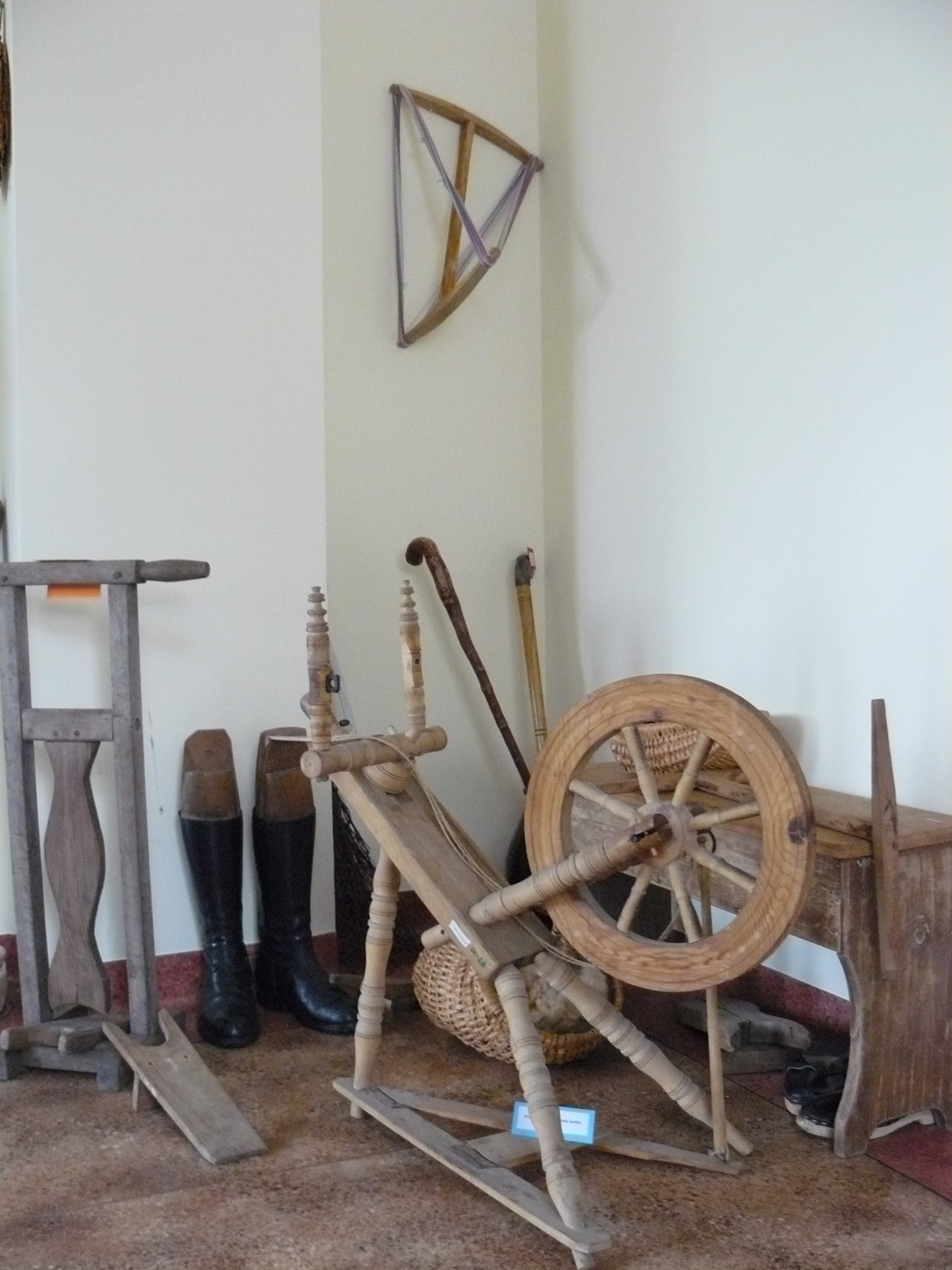 Fragment wystawy w Gminnym Ośrodku Kultury w Sierakowicach