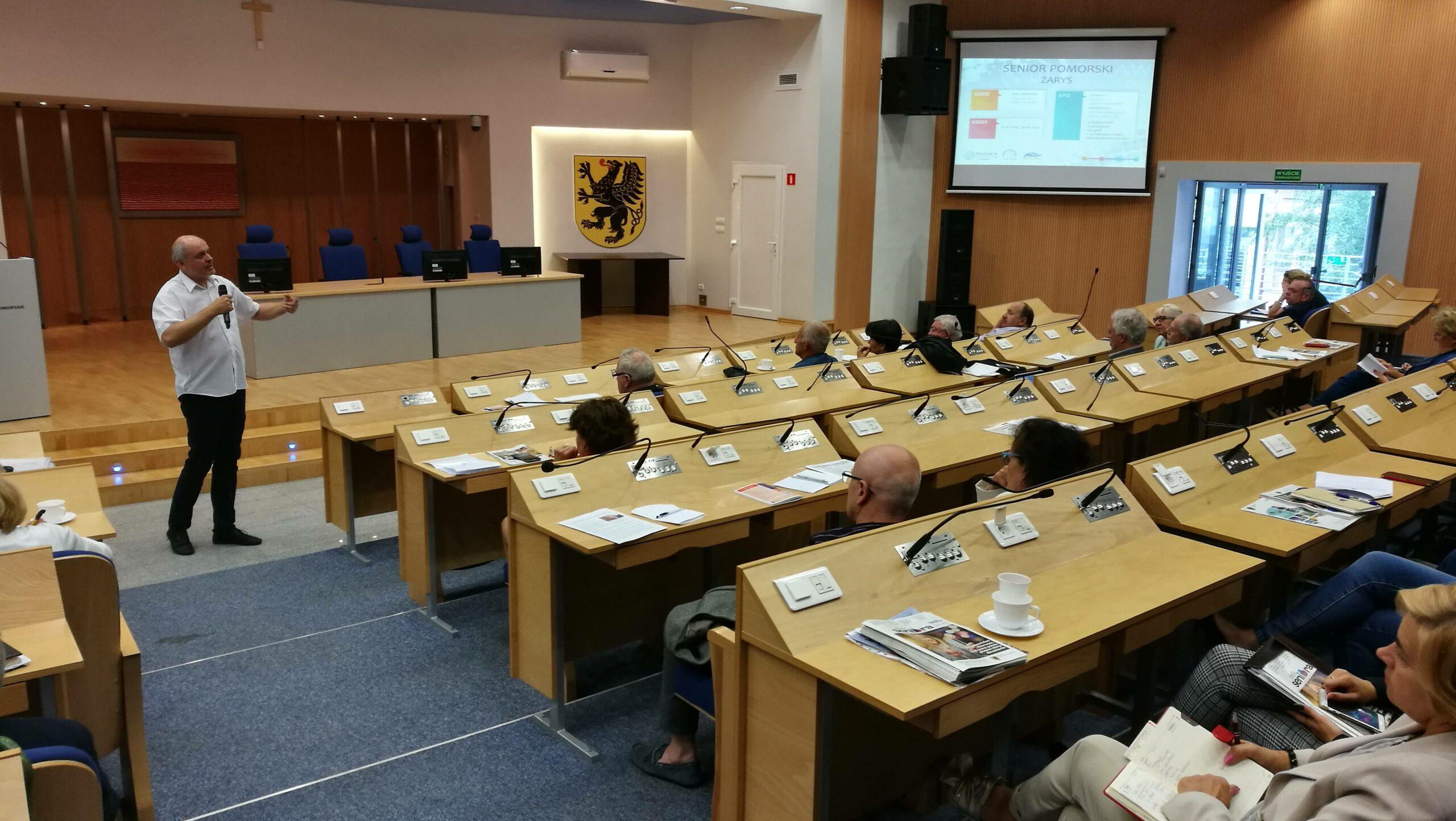 W Urzędzie Marszłakowskim odbyło się seminarium dotyczące aktywności obywatelskiej seniorów