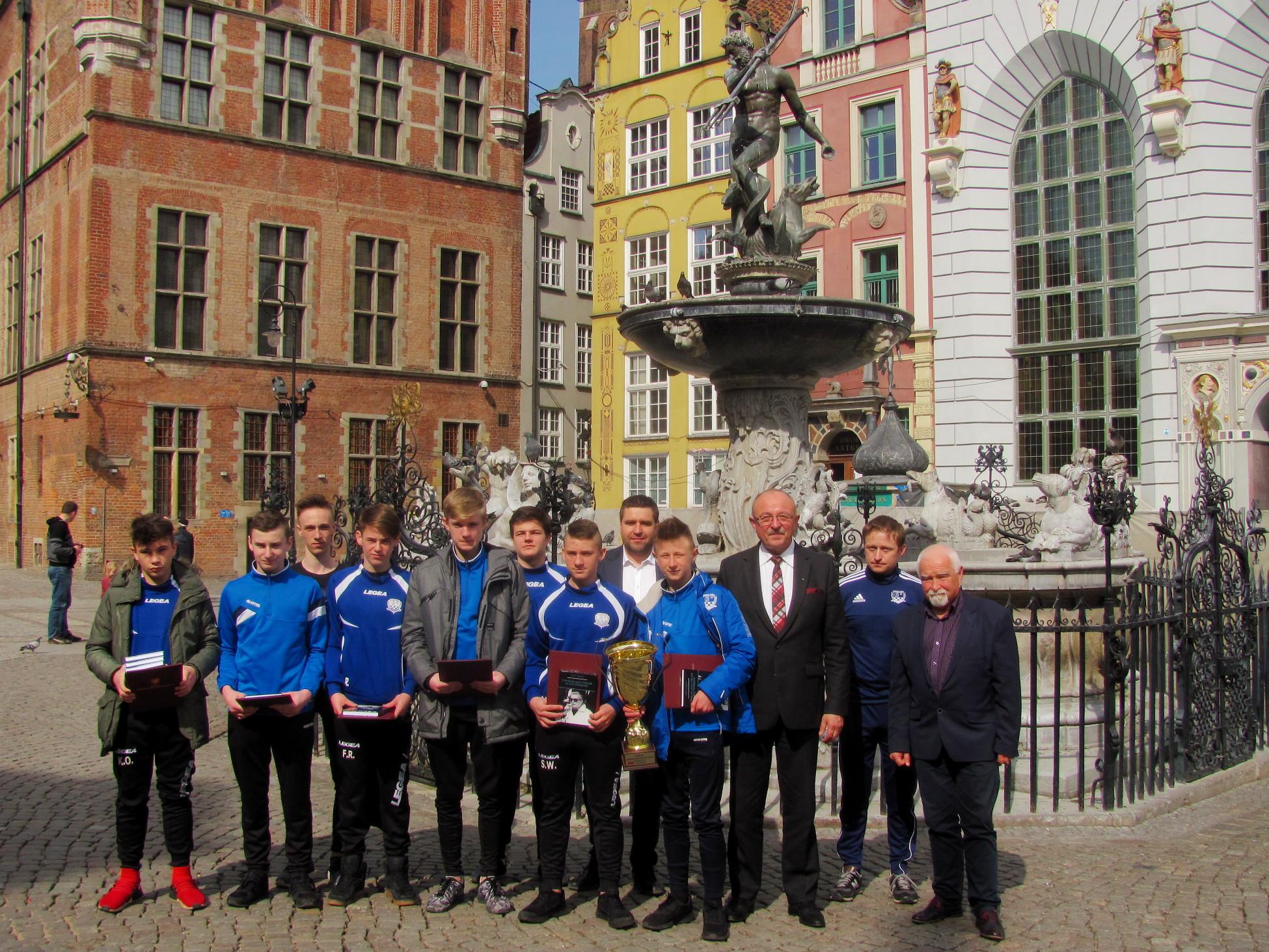 Grają w futsal i zdobywają laury. Młodzi sportowcy ze Starogardu Gdańskiego na podium mistrzostw Polski