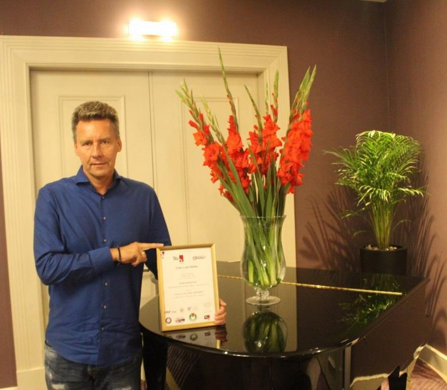 Tomasz Kloskowski z tytułem Lidera z powołania w biznesie i zarządzaniu. Kto i za co przyznał to wyróżnienie?