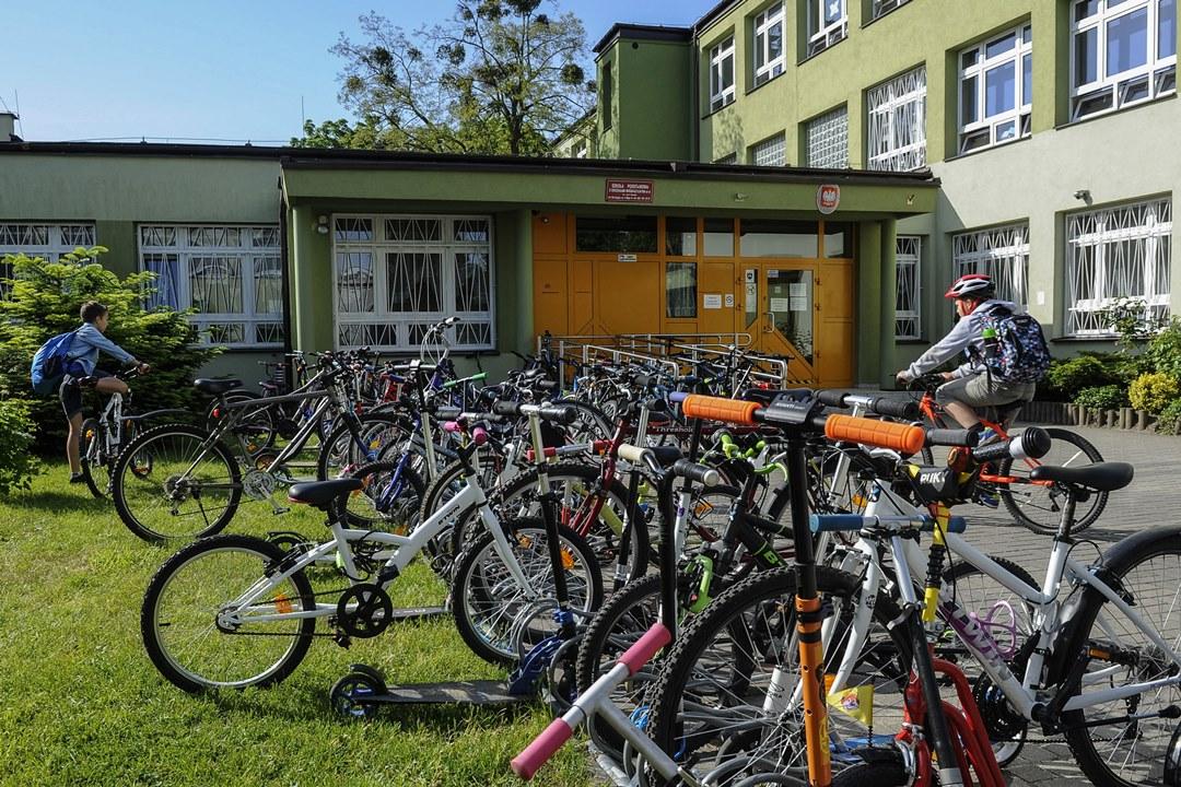 Uważajcie na małych rowerzystów! W całej Polsce wystartowała akcja Rowerowy Maj