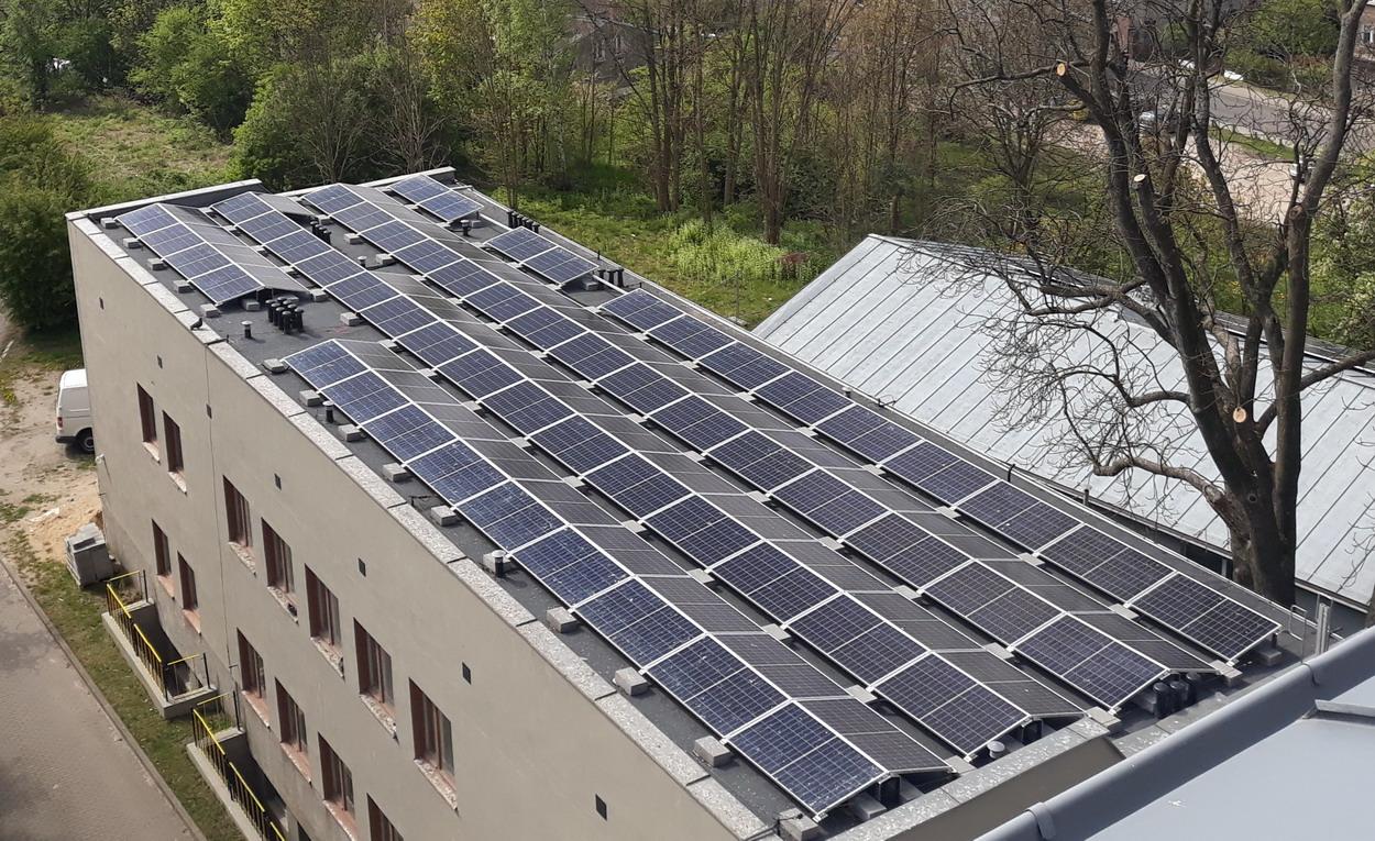 Centrum Zdrowia Psychicznego w Słupsku bardziej ekologiczne. Ma instalację fotowoltaiczną