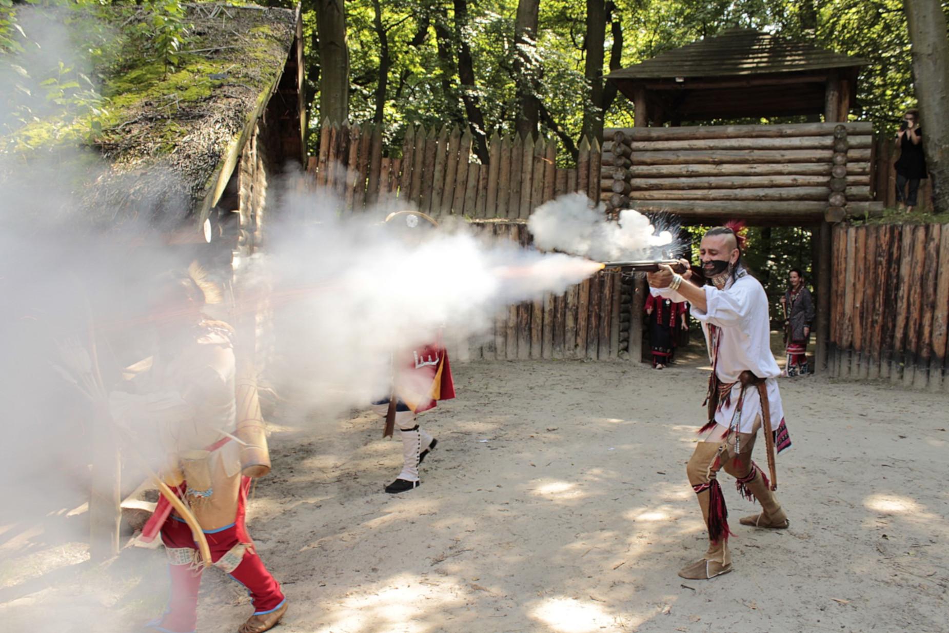 Ostatni Mohikanin i zaraza w Bree. Dwa dni historycznych atrakcji na sopockim grodzisku
