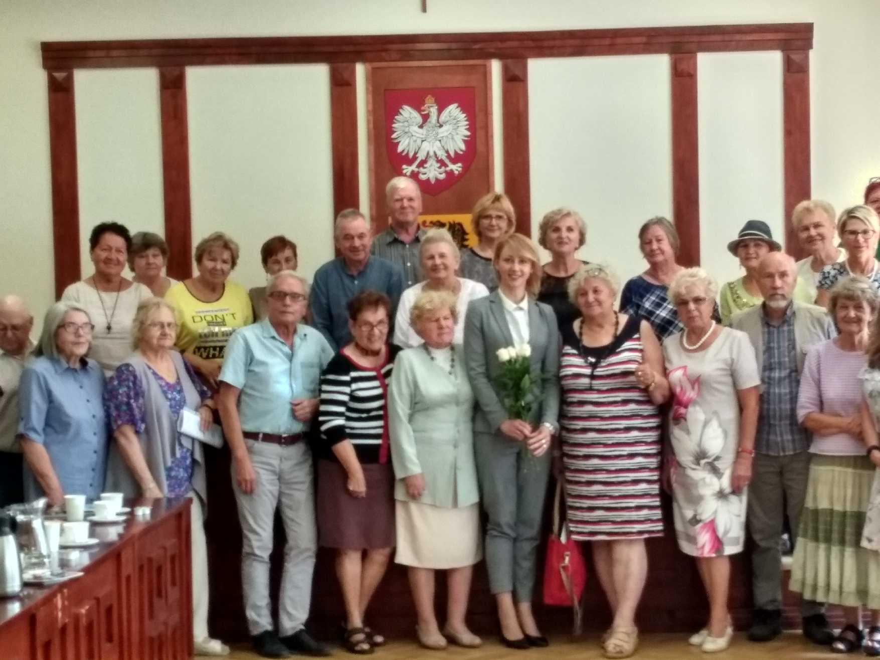 Srebrni Obywatele na spotkaniu w urzędzie marszałkowskim.