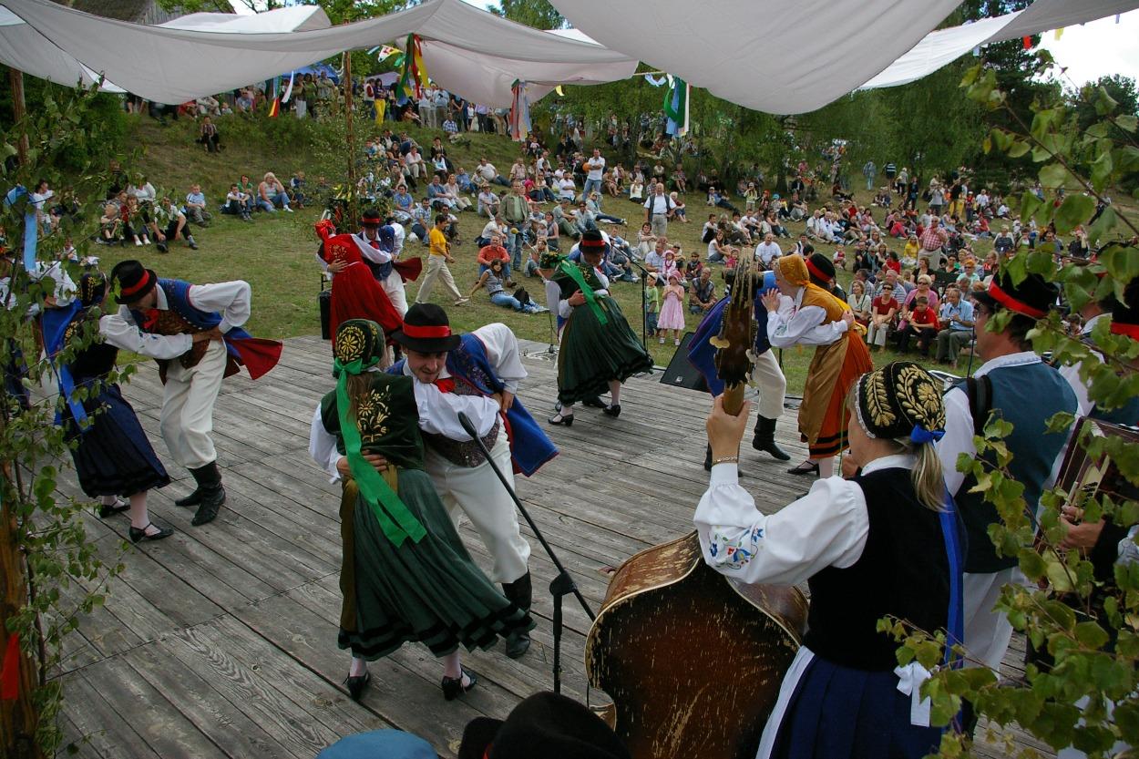 Występy grup folklorystycznych