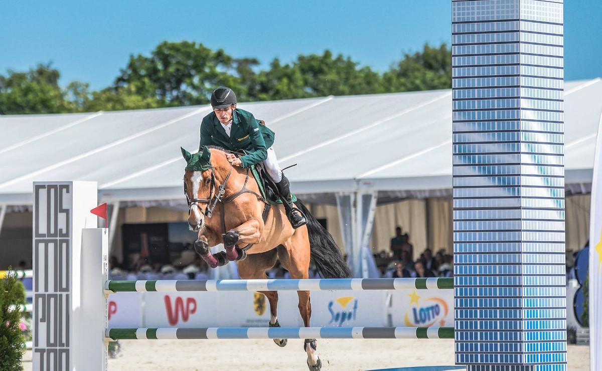 Najwybitniejsi jeźdźcy z całego świata, piękne konie i Puchar Narodów. Prestiżowe wyścigi konne w Sopocie