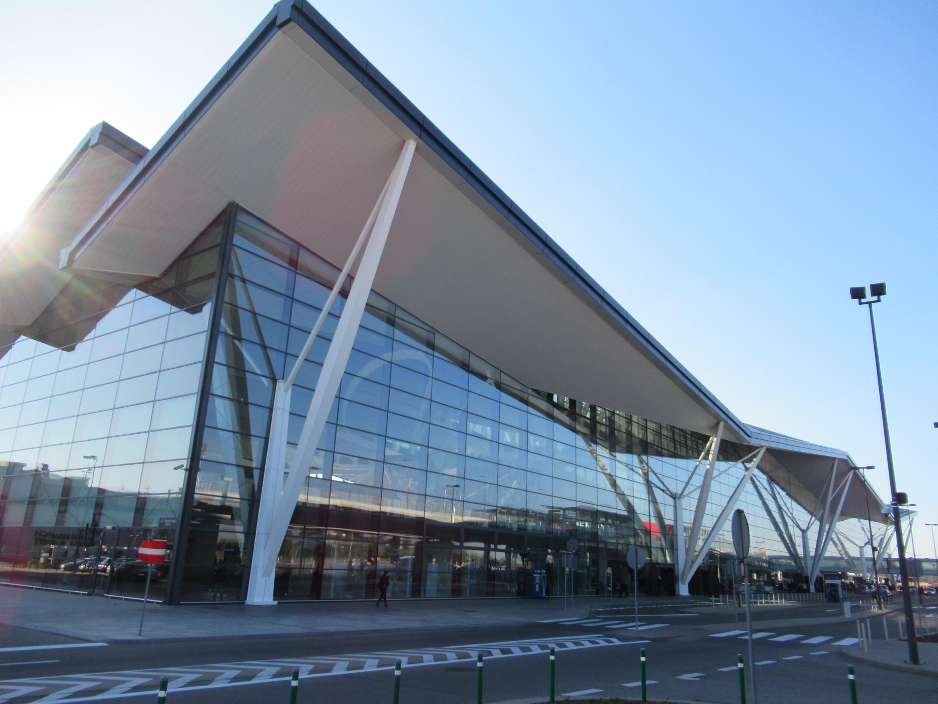 Jeśli lecieć, to tylko z Pomorza. Gdańskie lotnisko wciąż jest najbardziej punktualne w Polsce
