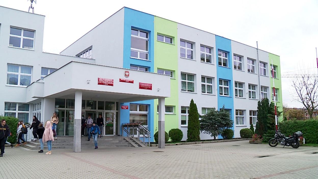 Zgłosiło się już ponad 200 szkół. Nauczyciele i uczniowie skorzystają z projektu Pomorska Przyjazna Szkoła Zdalna
