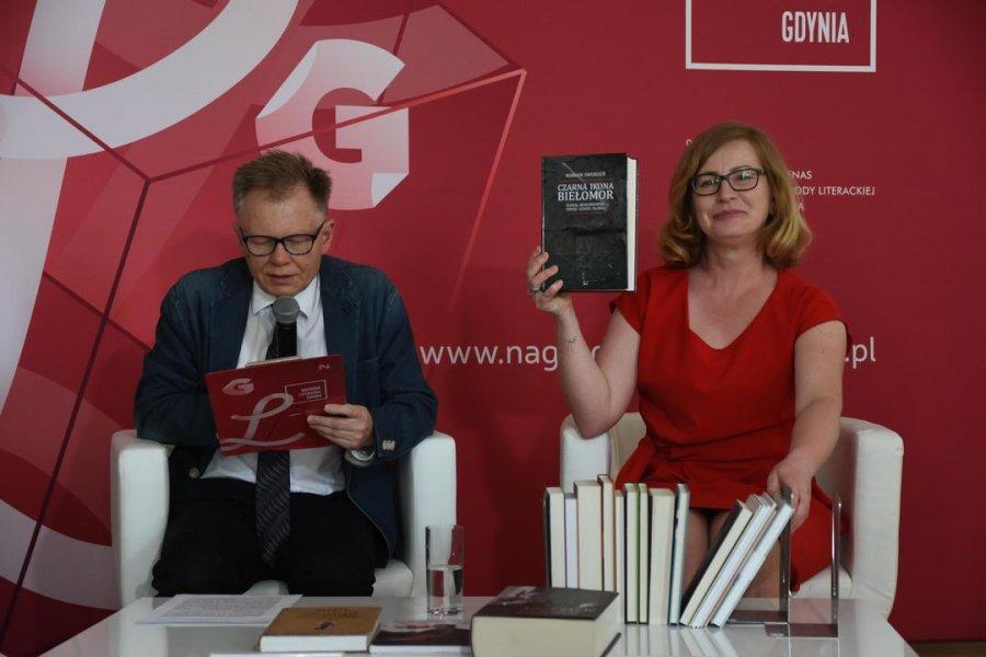 Spośród prawie 430 pisarek i pisarzy wybrali najlepszych. Zobacz listę nominowanych do Nagrody Literackiej Gdynia