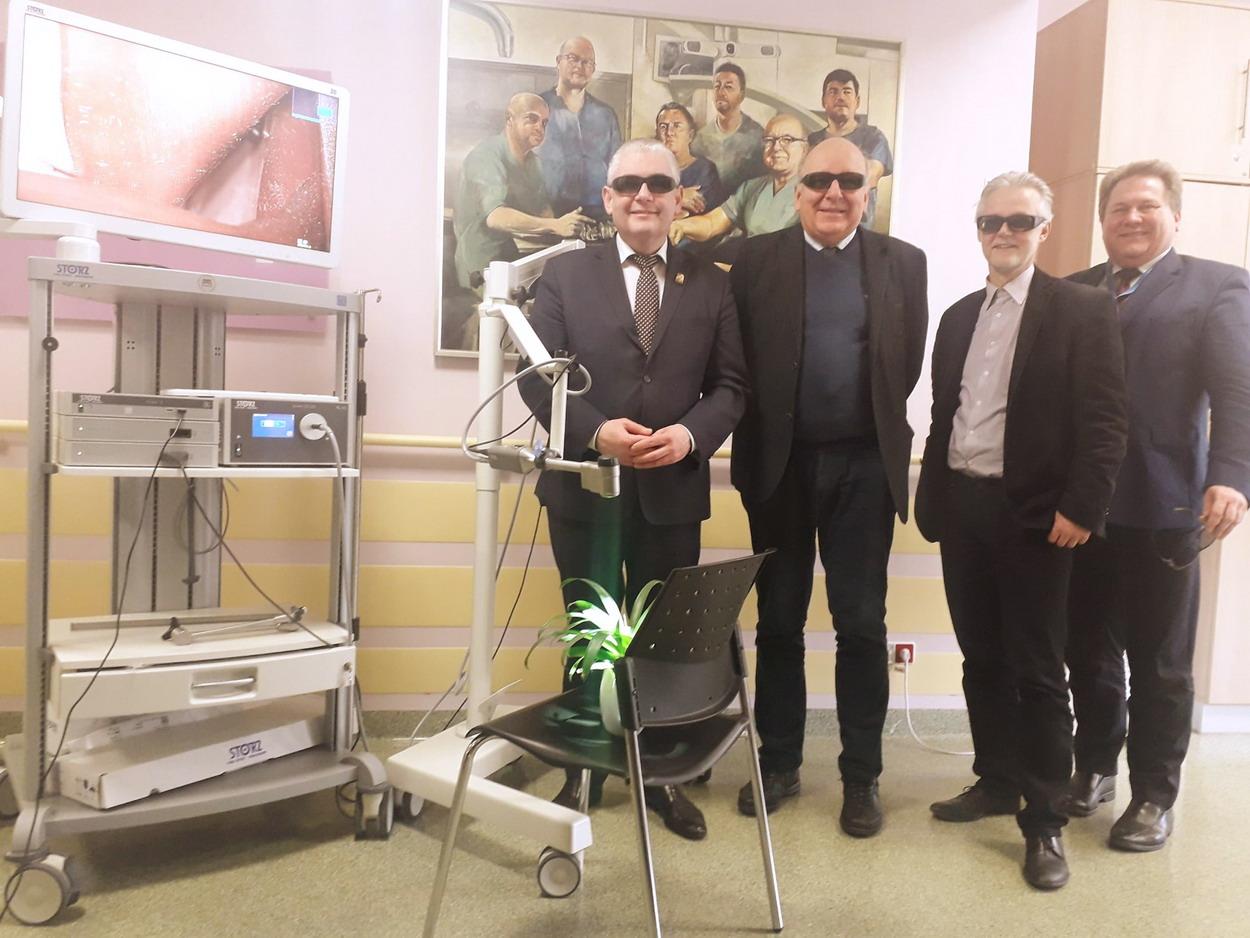 Operacje w 3 D to rzeczywistość neurochirurgów z gdańskiego szpitala. Dzięki egzoskopowi zoperowali guzy mózgu