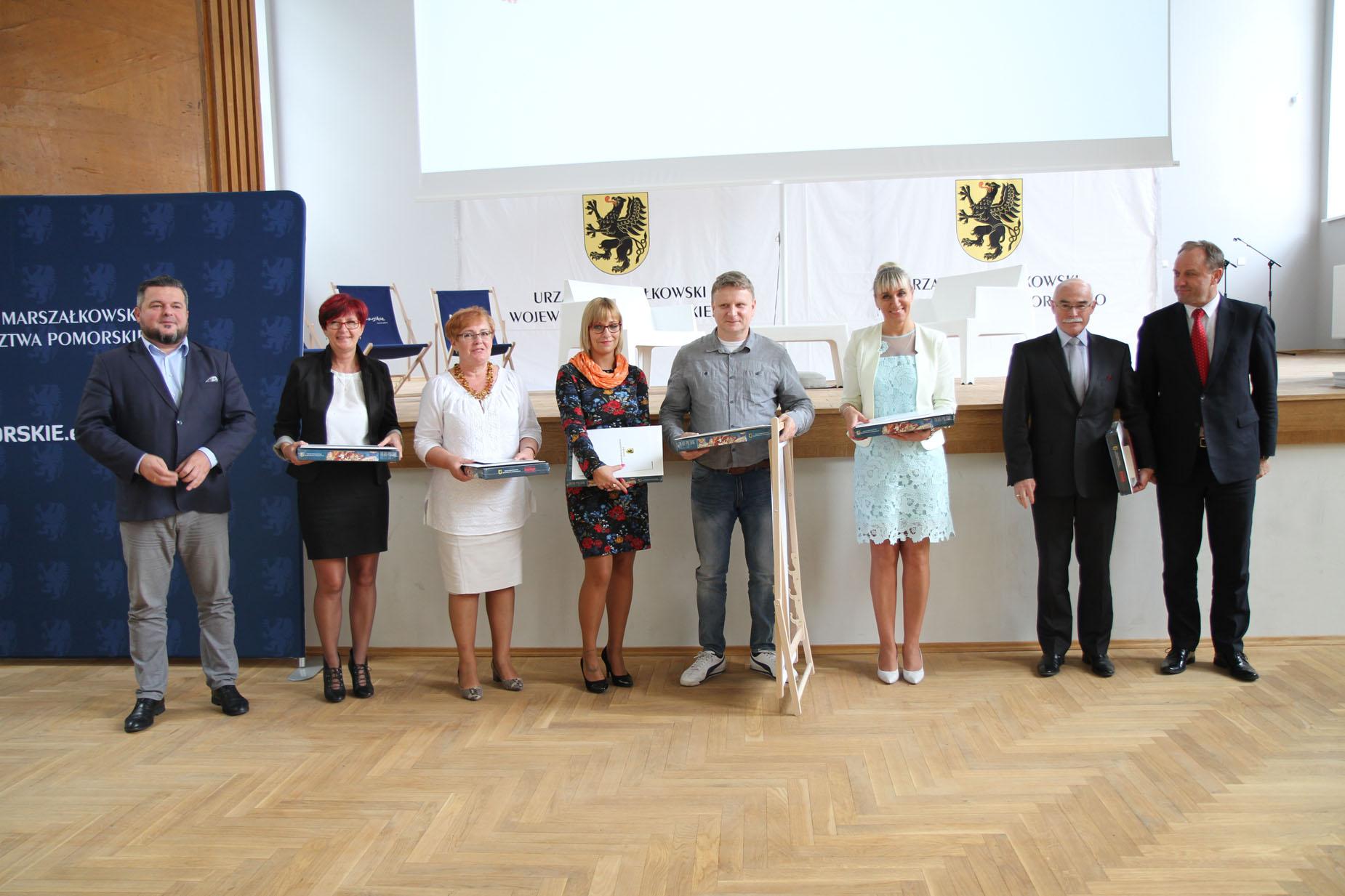 Były dyplomy i podziękowania za opiekę nad mieszkańcami i turystami. Podsumowanie akcji Pomorskie dla Zdrowia