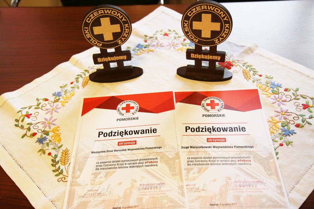 Polski Czerwony Krzyż dziękuje za pomoc dla poszkodowanych w nawałnicy. Do akcji #PoBurzy przyłączył się marszałek województwa