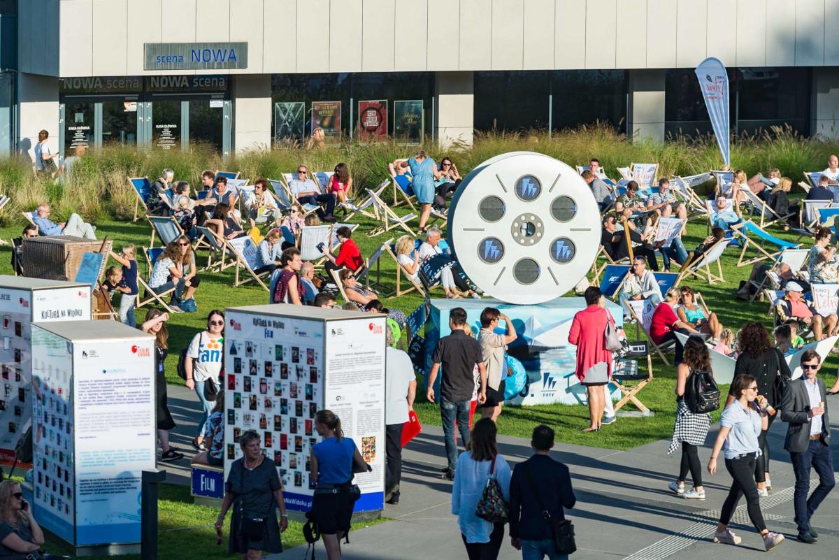 Napisz recenzję i wygraj specjalną wejściówkę na Festiwal Polskich Filmów Fabularnych w Gdyni